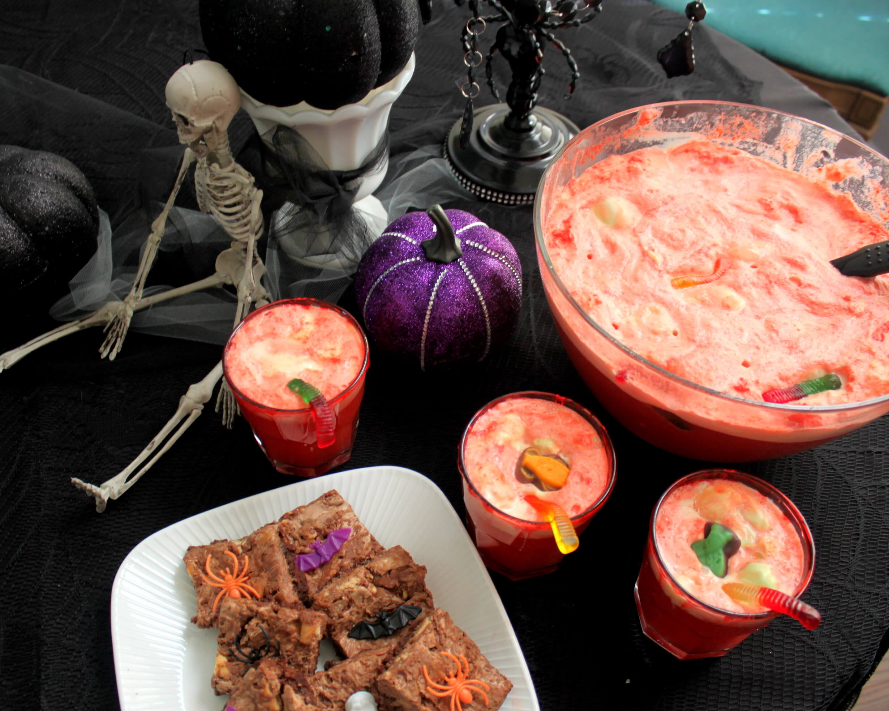 Batty Candy Bar Brownies & punch Halloween food ideas