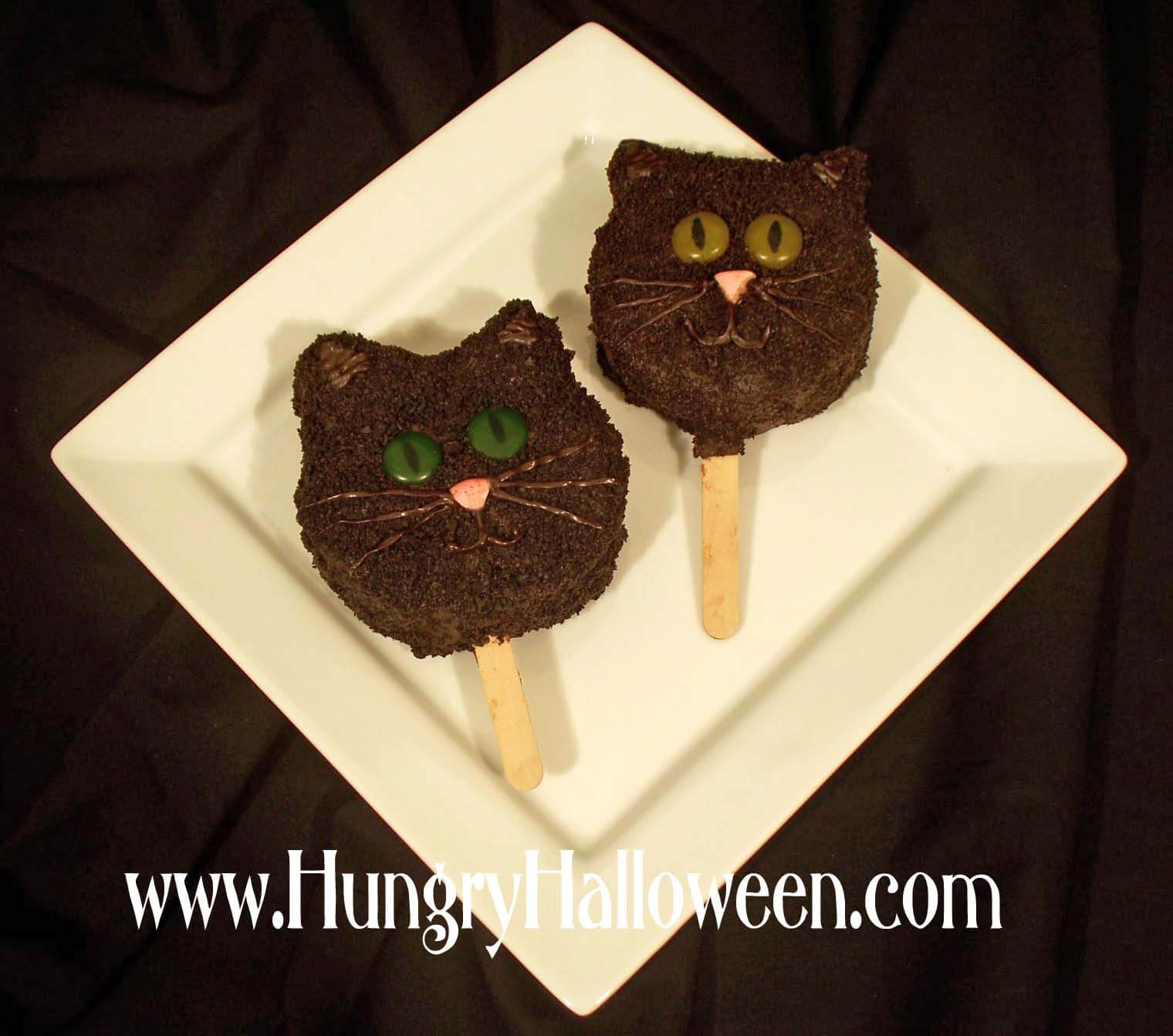 Black cat chocolate pop dessert-halloween-food-ideas
