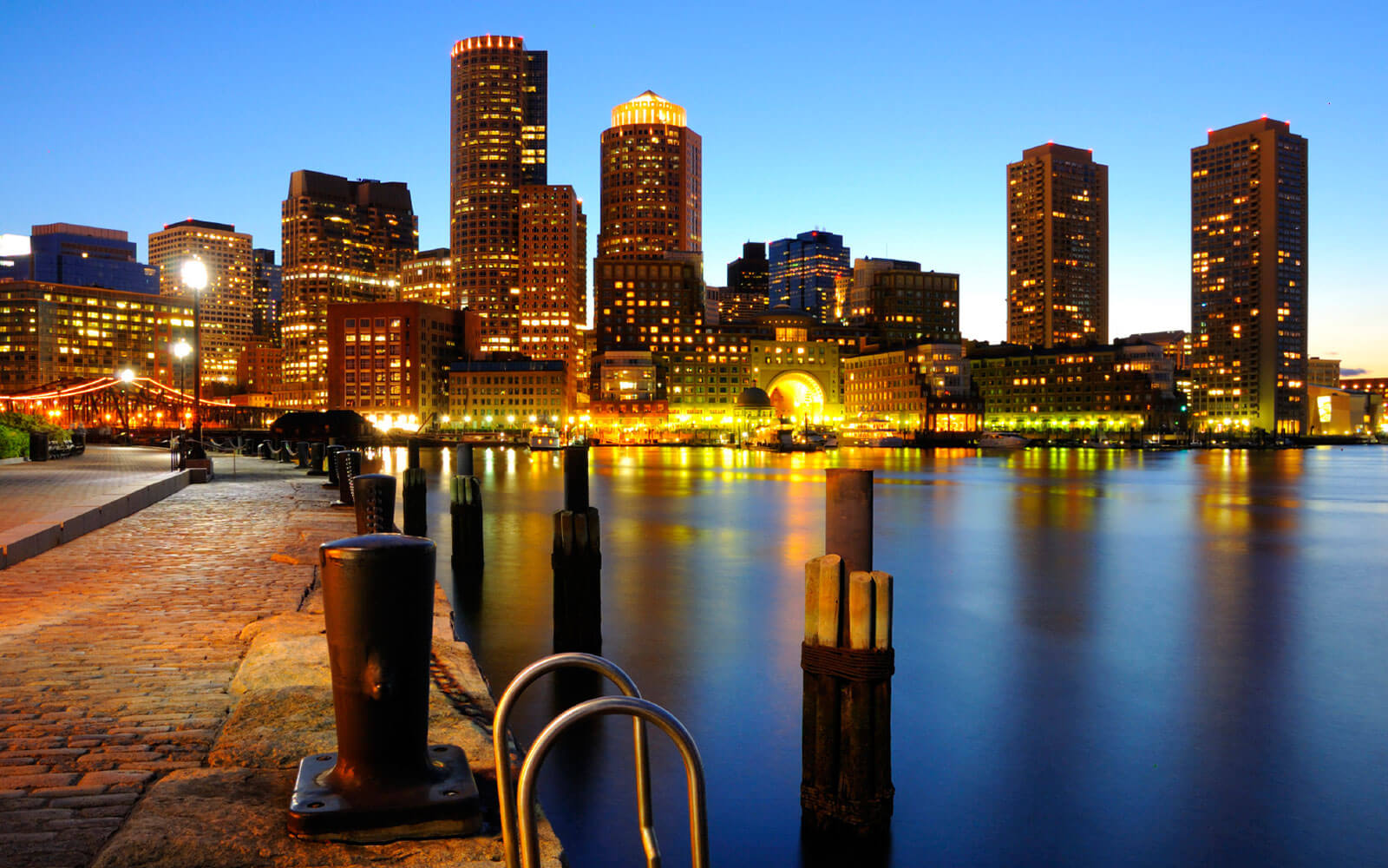 Boston Harbourwalk Things to do in Boston