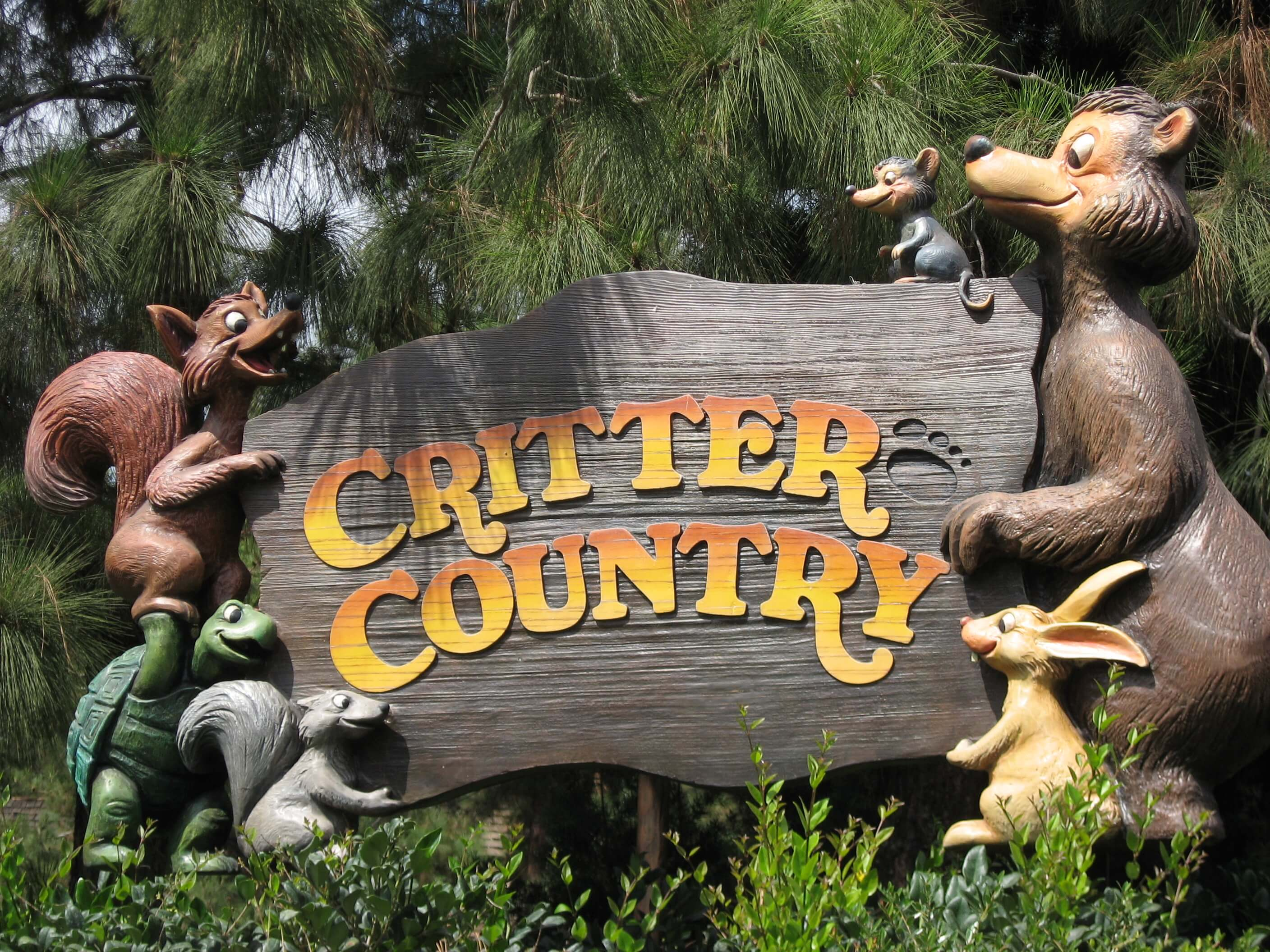 Critter Country sign Things to do in disneyland