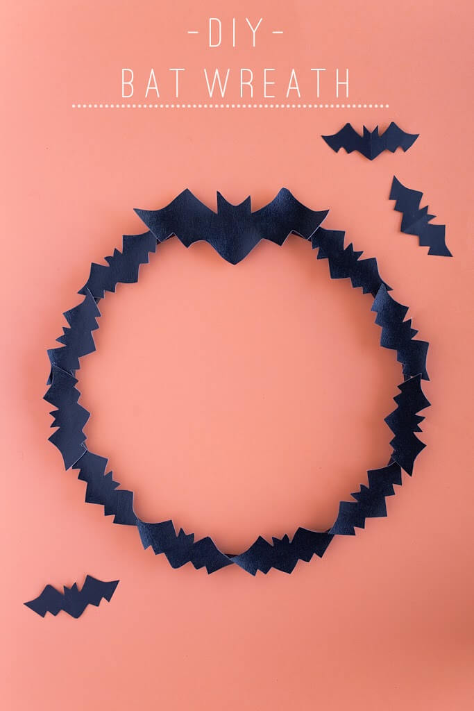 DIY halloween bat wreath.