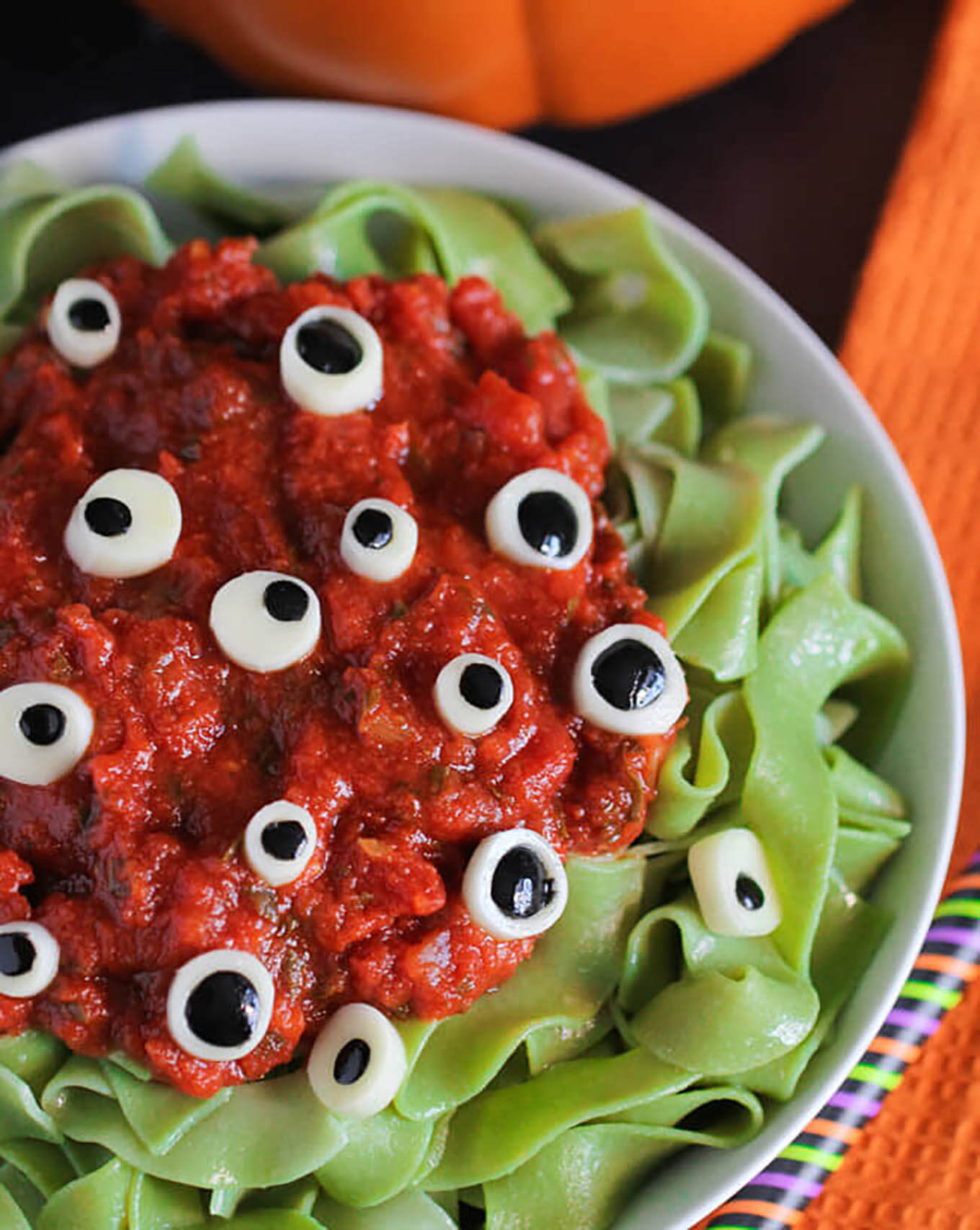 EYEBALL PASTA halloween food ideas