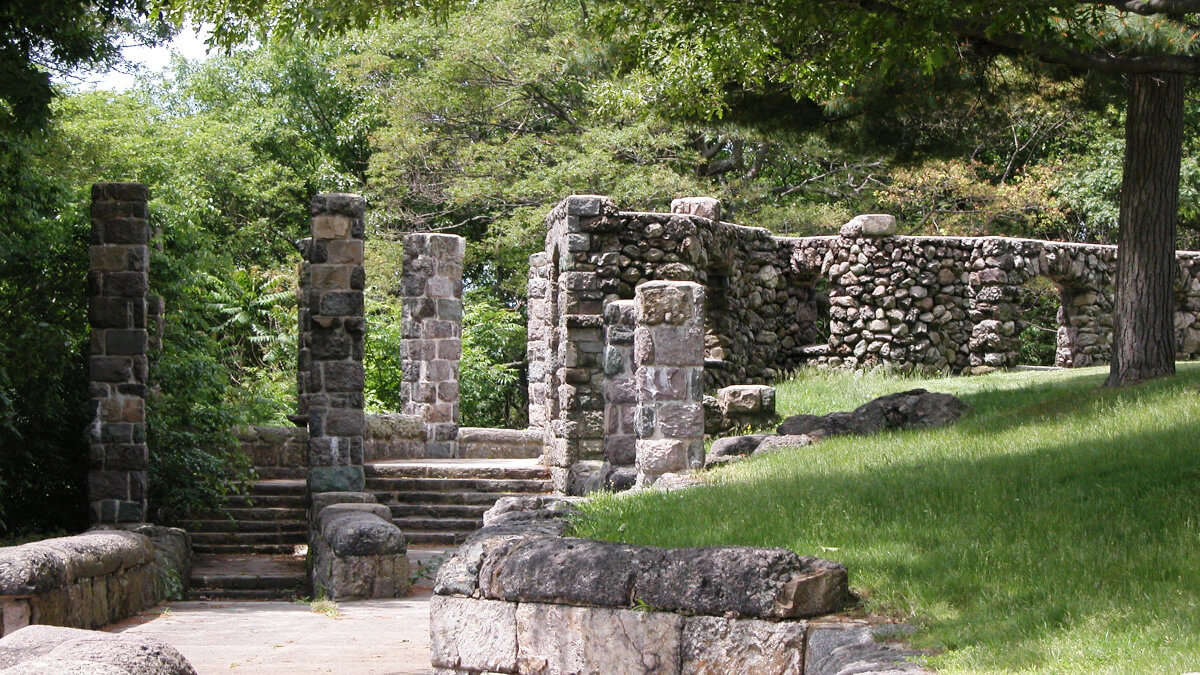 Ruins of Schoolmaster Hill Things to do in Boston