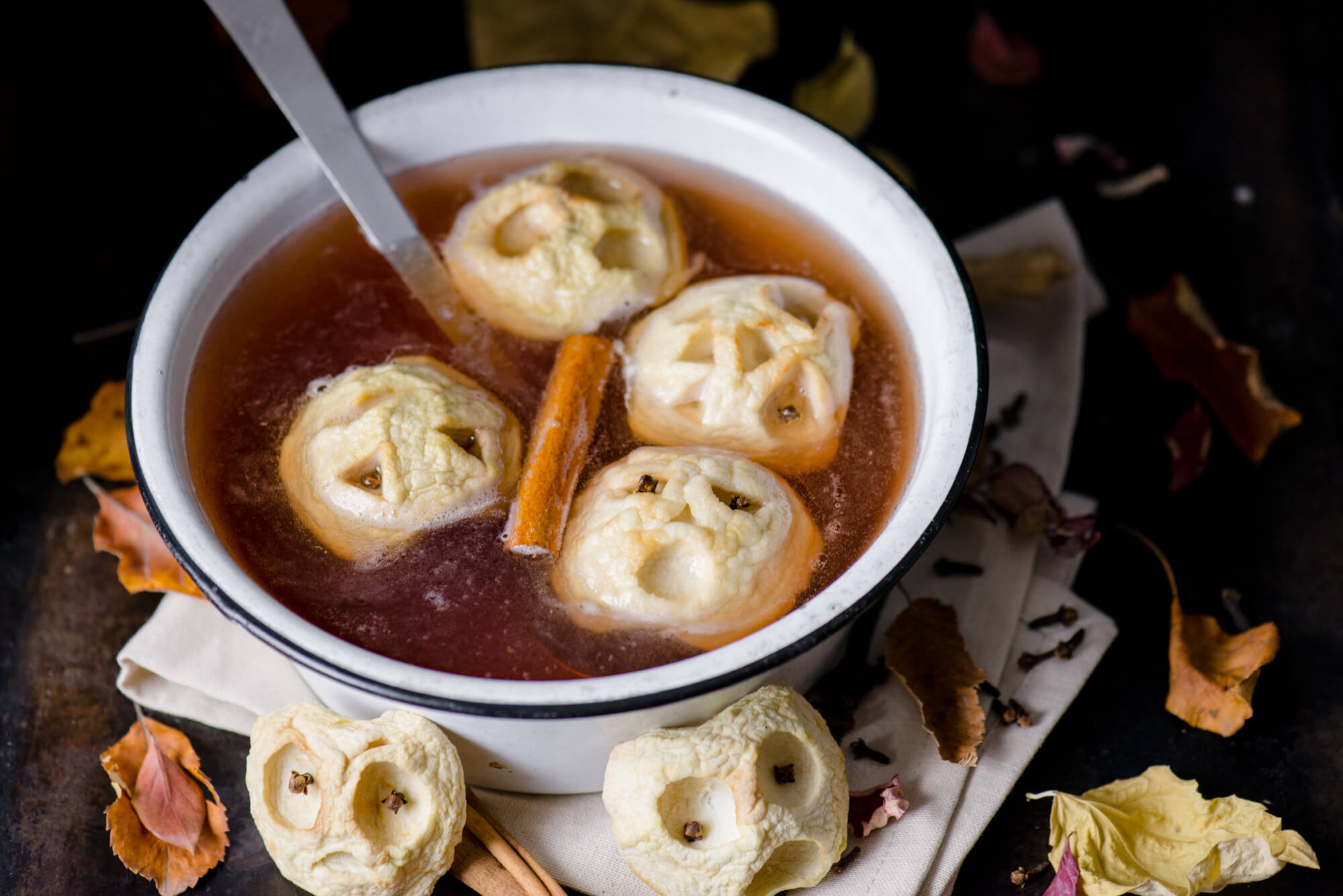 Spooky Apple Cider Punch halloween food ideas