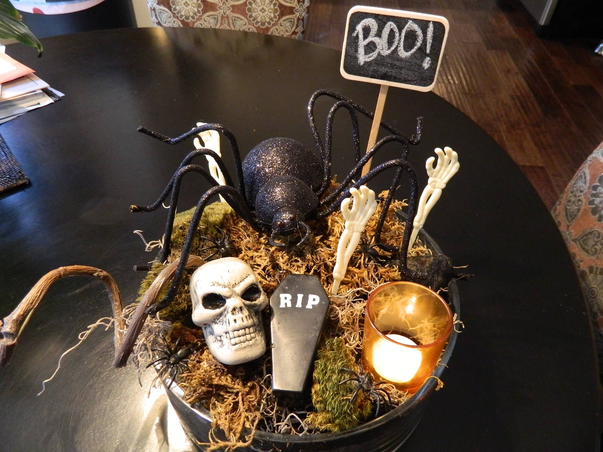 Spooky Halloween Centrepiece decoration