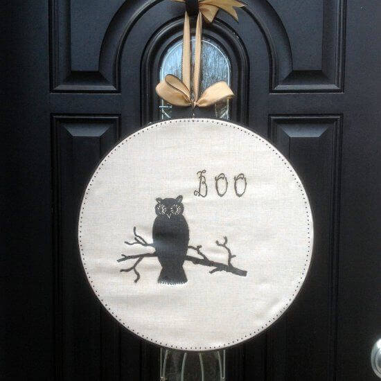 Embroidery hoop Halloween door hanging.