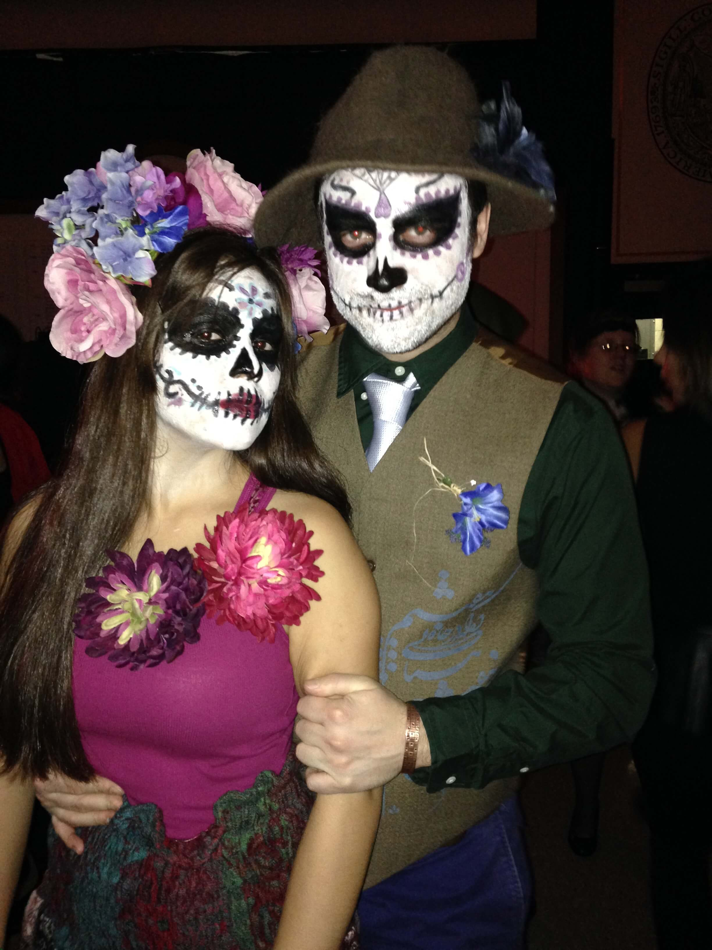 happy dead couple funny halloween costume for couple