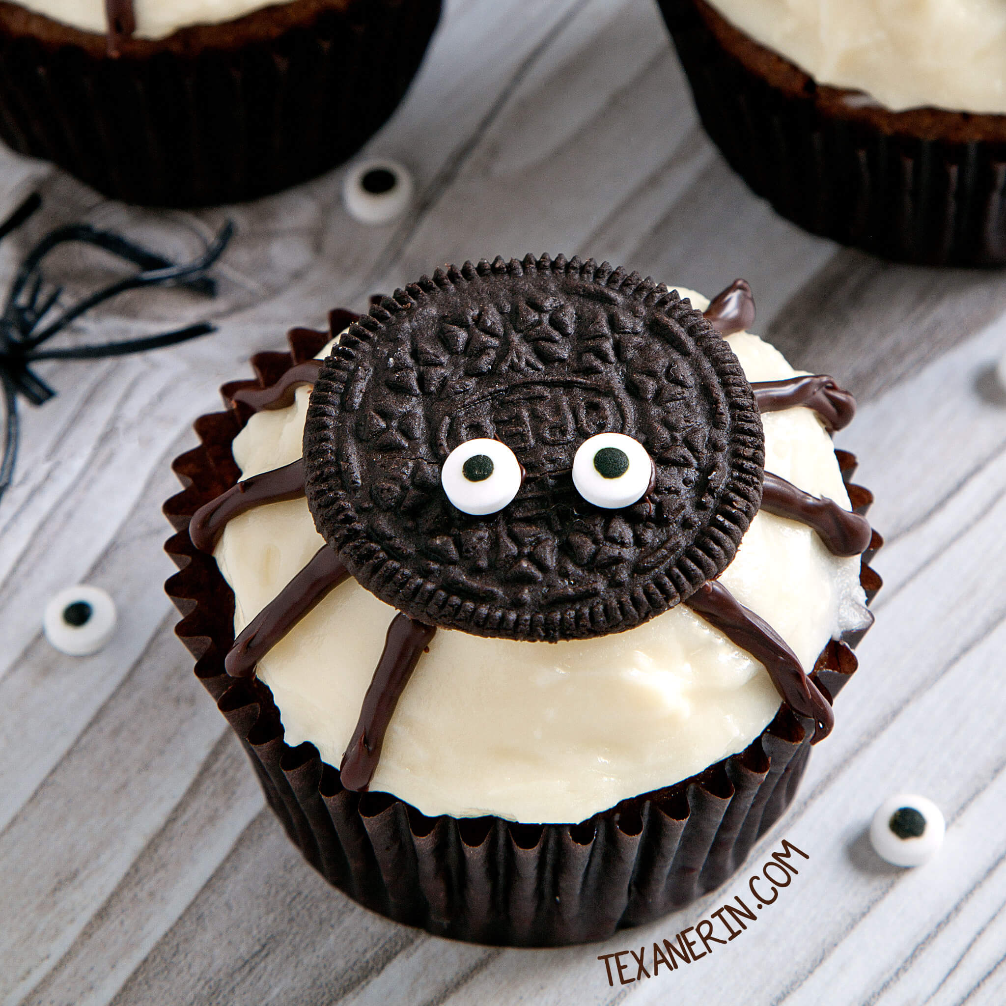 spider cupcakes halloween food ideas