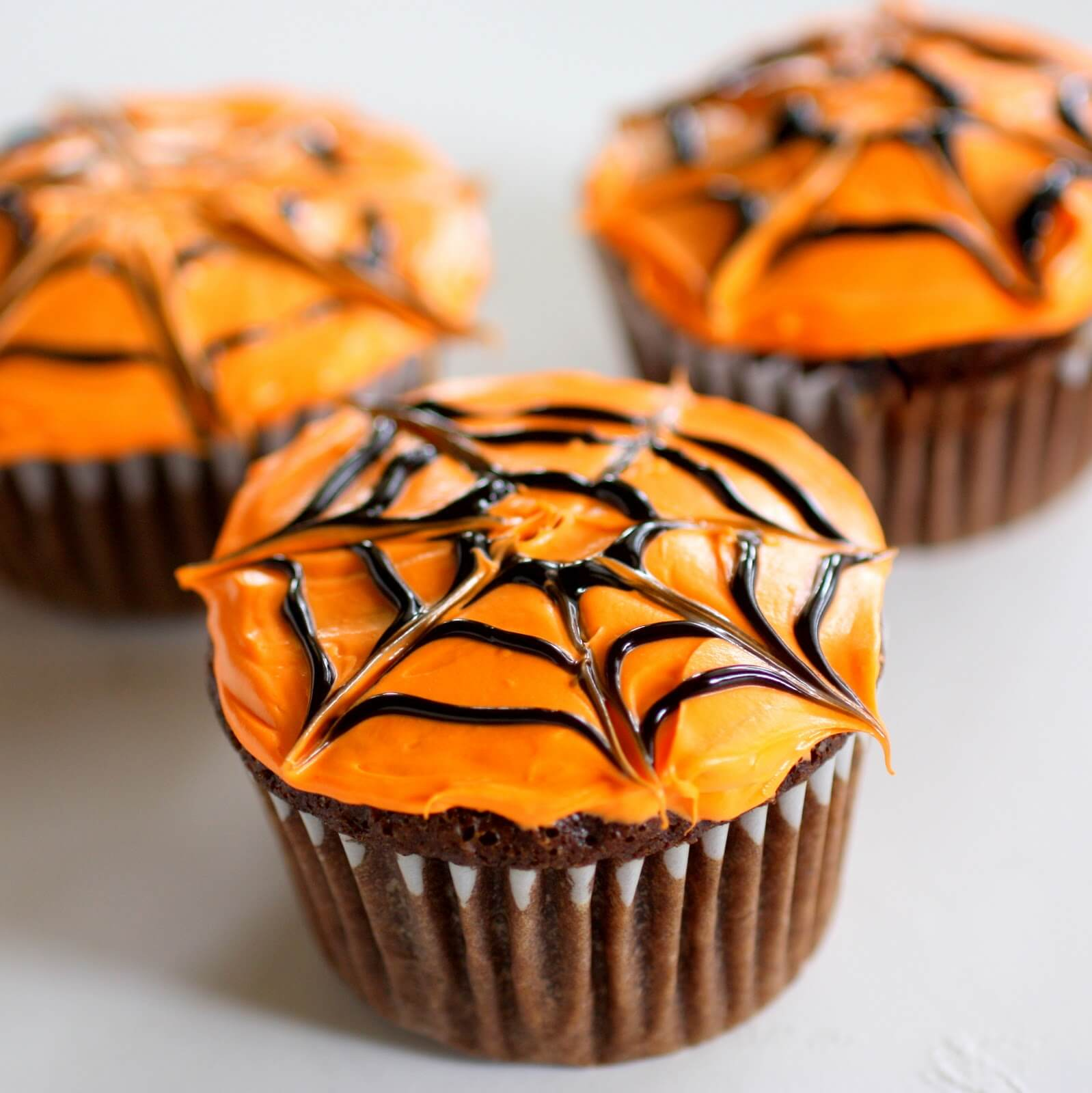 spider web cup cake halloween food ideas