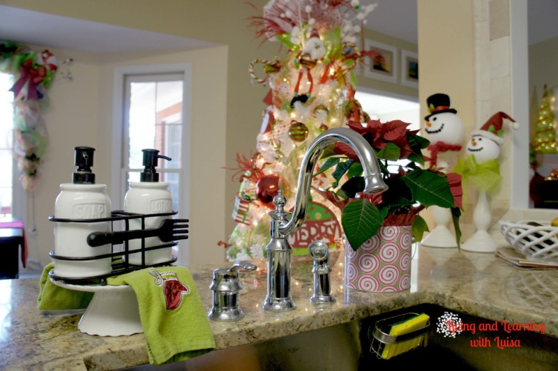 Christmas kitchen decor snowman Christmas decorations ideas for home