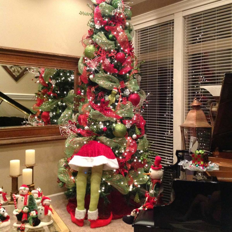 Christmas tree with greench Christmas decorations ideas for home
