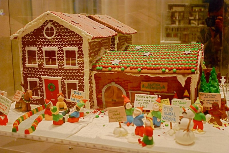 Gingerbread Extravaganza at Le Parker Meridien Christmas in New York