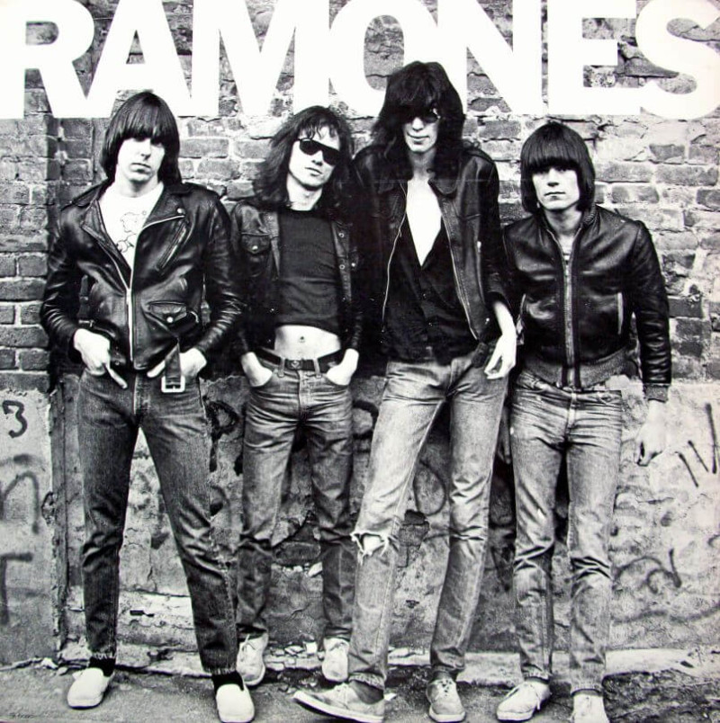 Merry Christmas I Don't Want To Fight Tonight The Ramones Christmas Songs