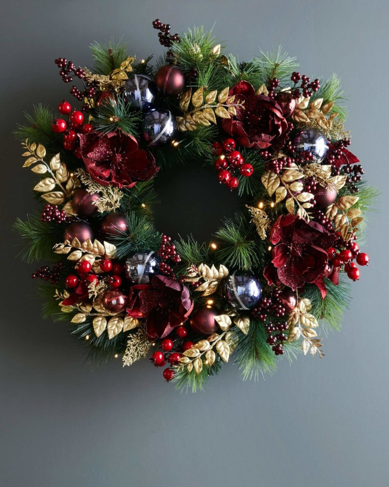 Wreath Royal Windsor Foliage Christmas Decorations on Sale