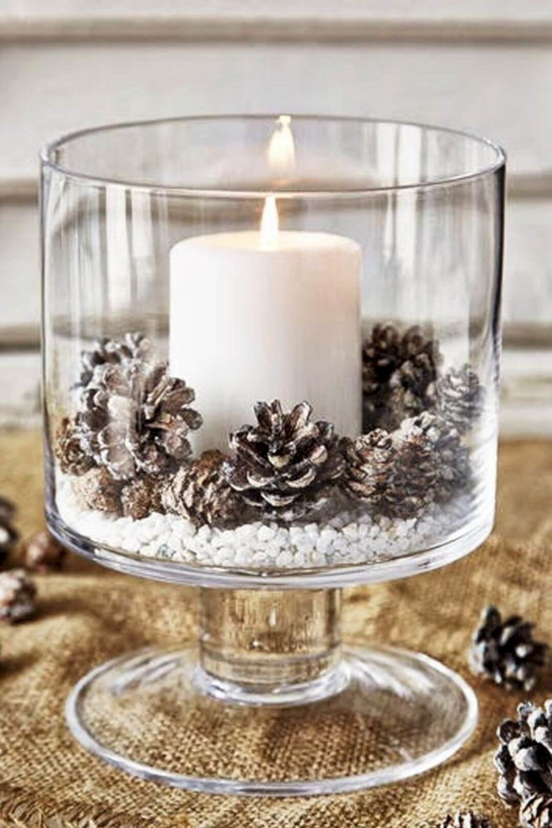candle with pine cone center piece Christmas decorations ideas for home