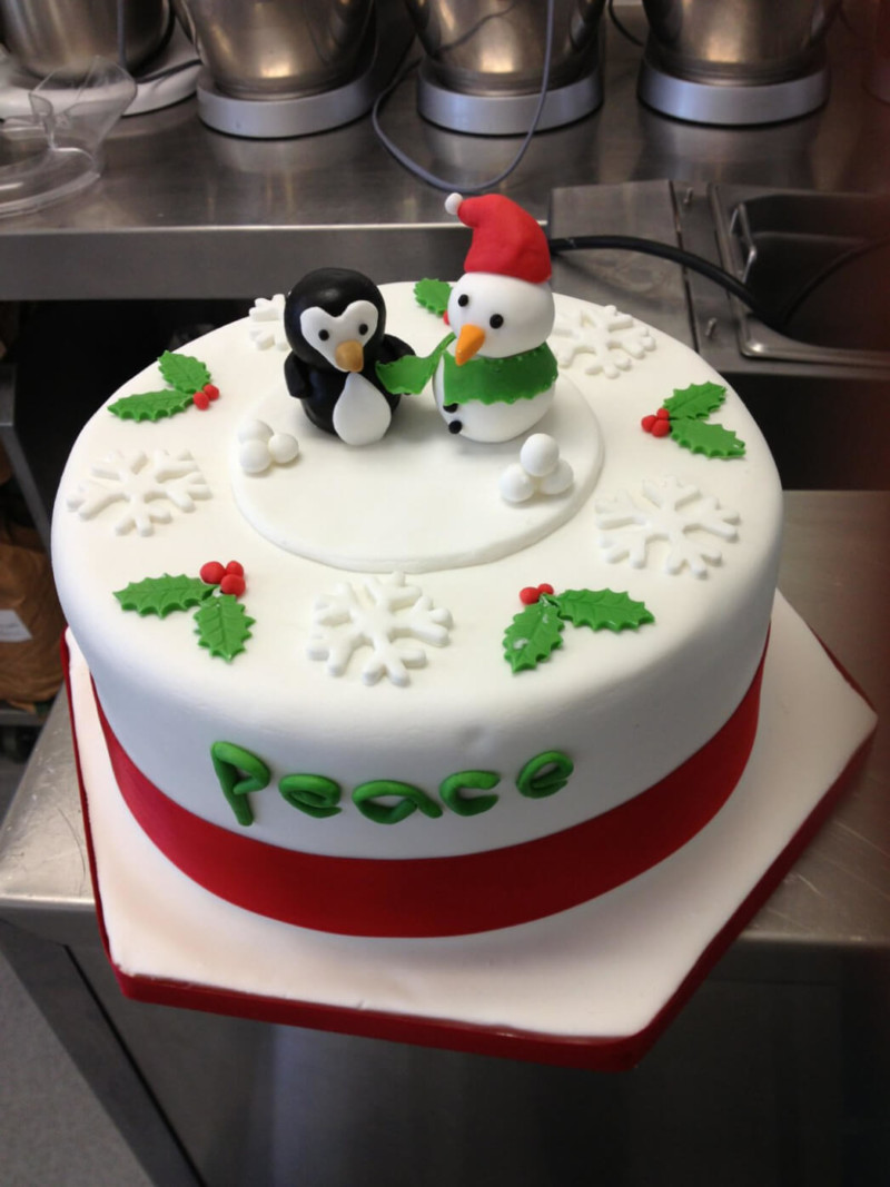 christmas cake ideas penguine snowman