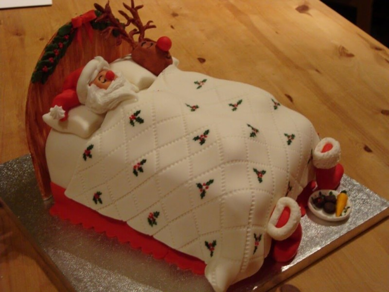 christmas cake ideas santa bed