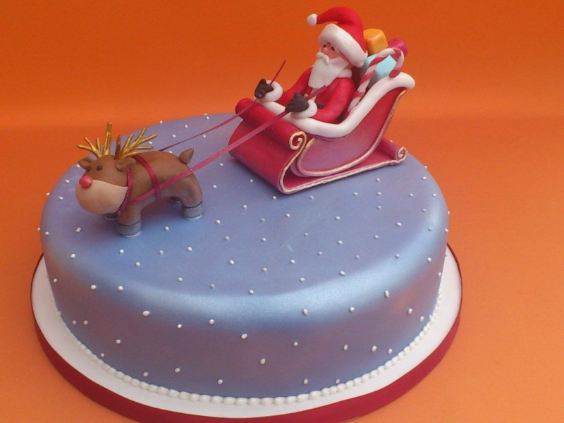 christmas cake ideas santa reindeer sledge