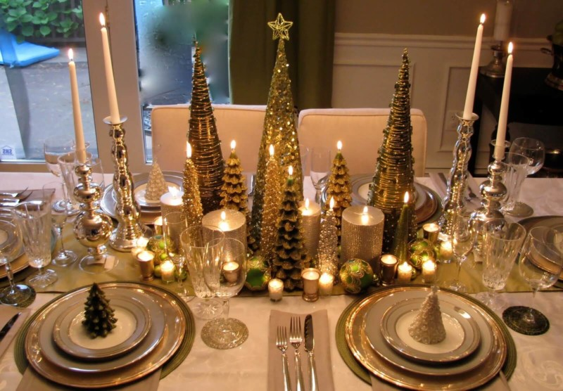elegant dining room table centerpiece Christmas decorations ideas for home