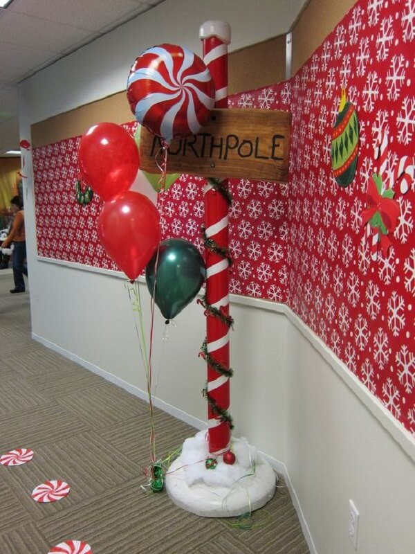 50+ Wonderful Christmas Decorations Ideas for Office