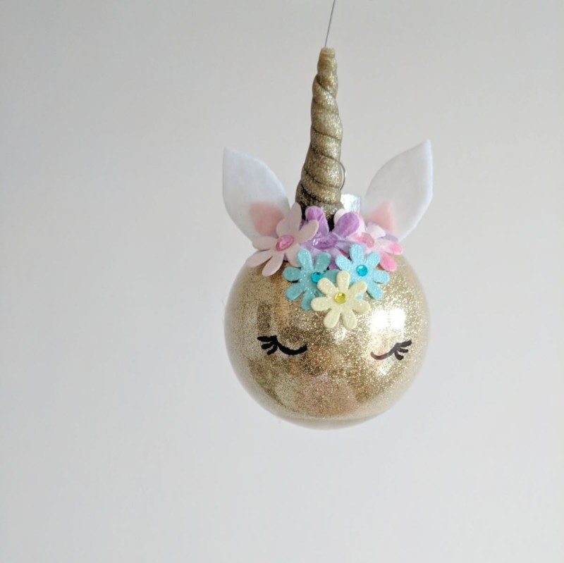 hanging unicorn Christmas decorations ideas for office