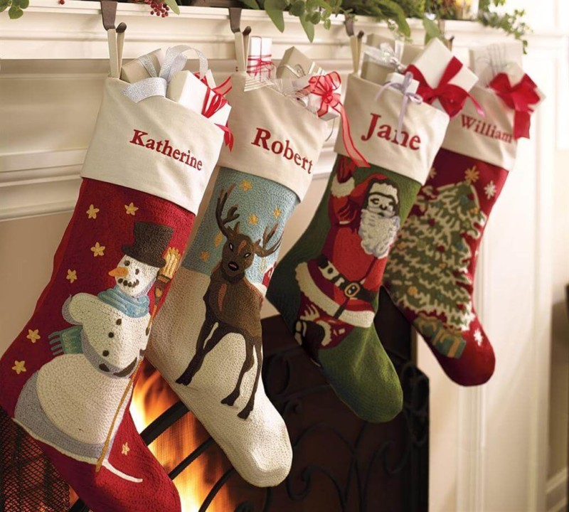 sock with names Christmas decorations ideas for home