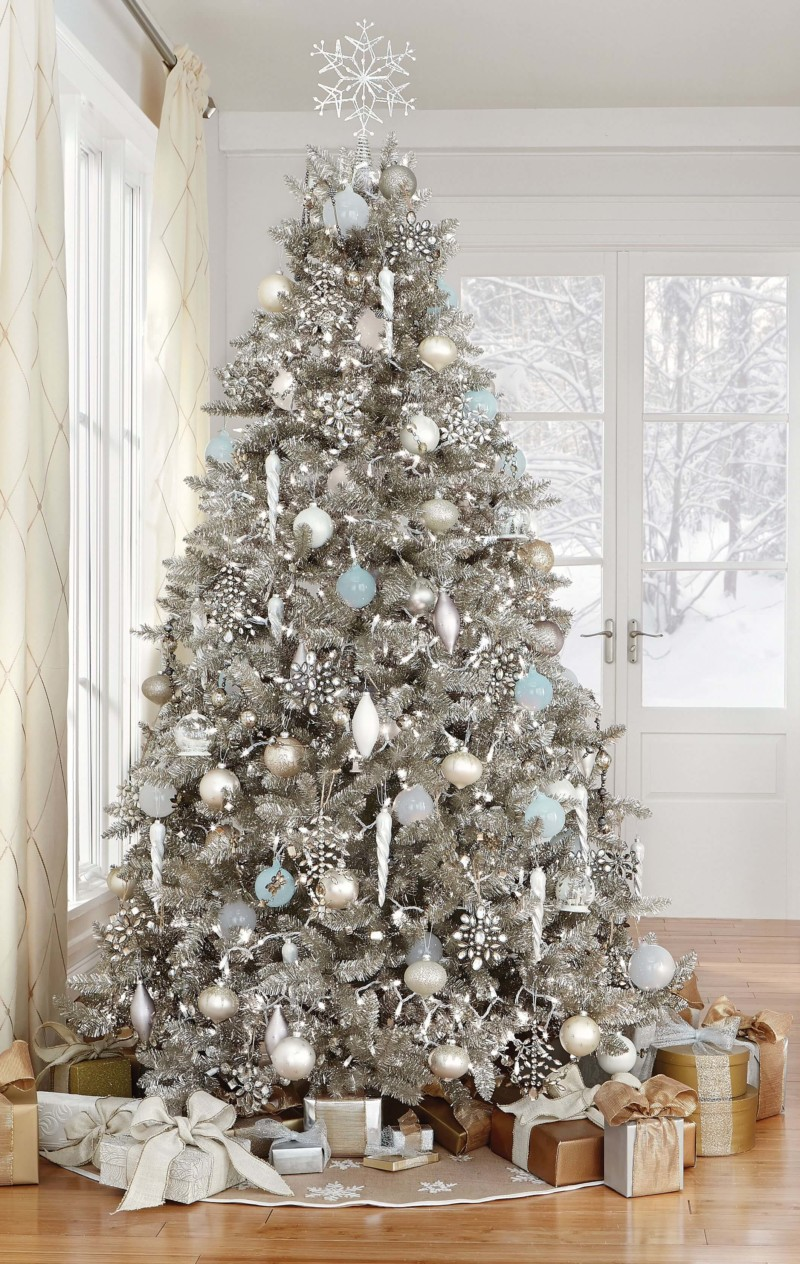 white innovative christmas tree decoration