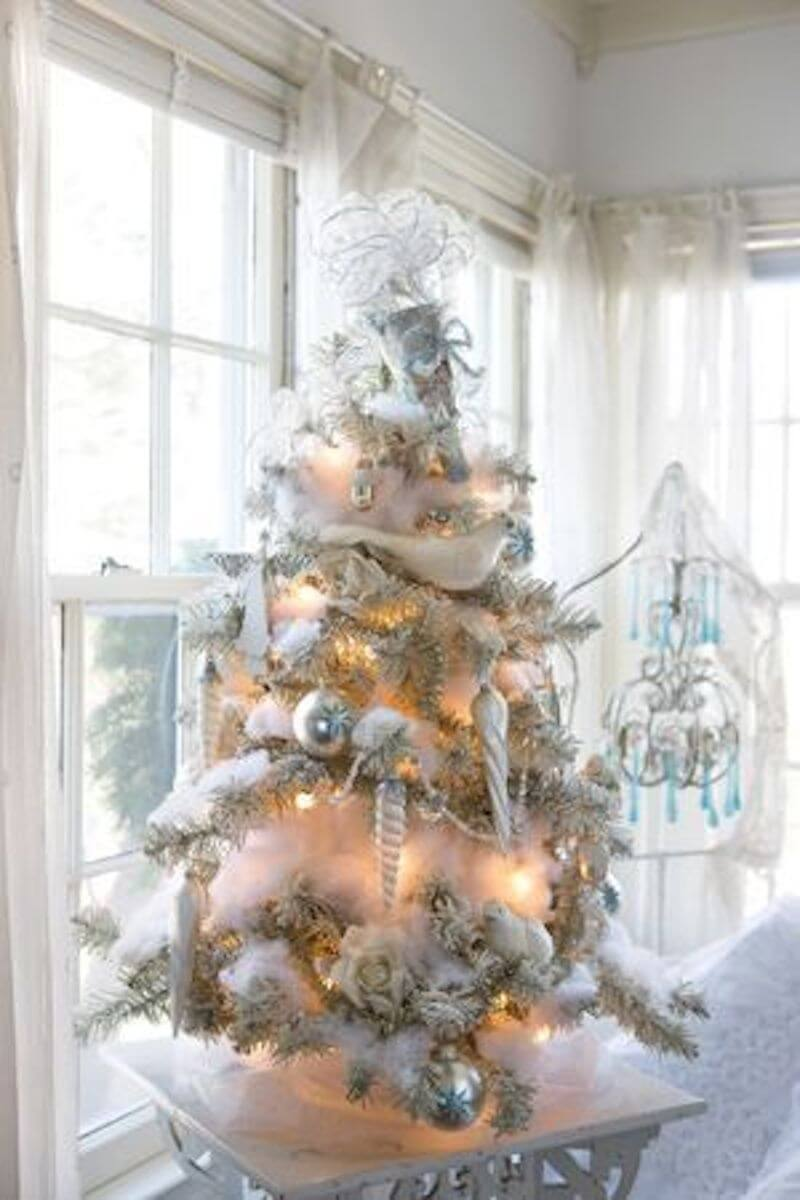 white stunning christmas tree decoration
