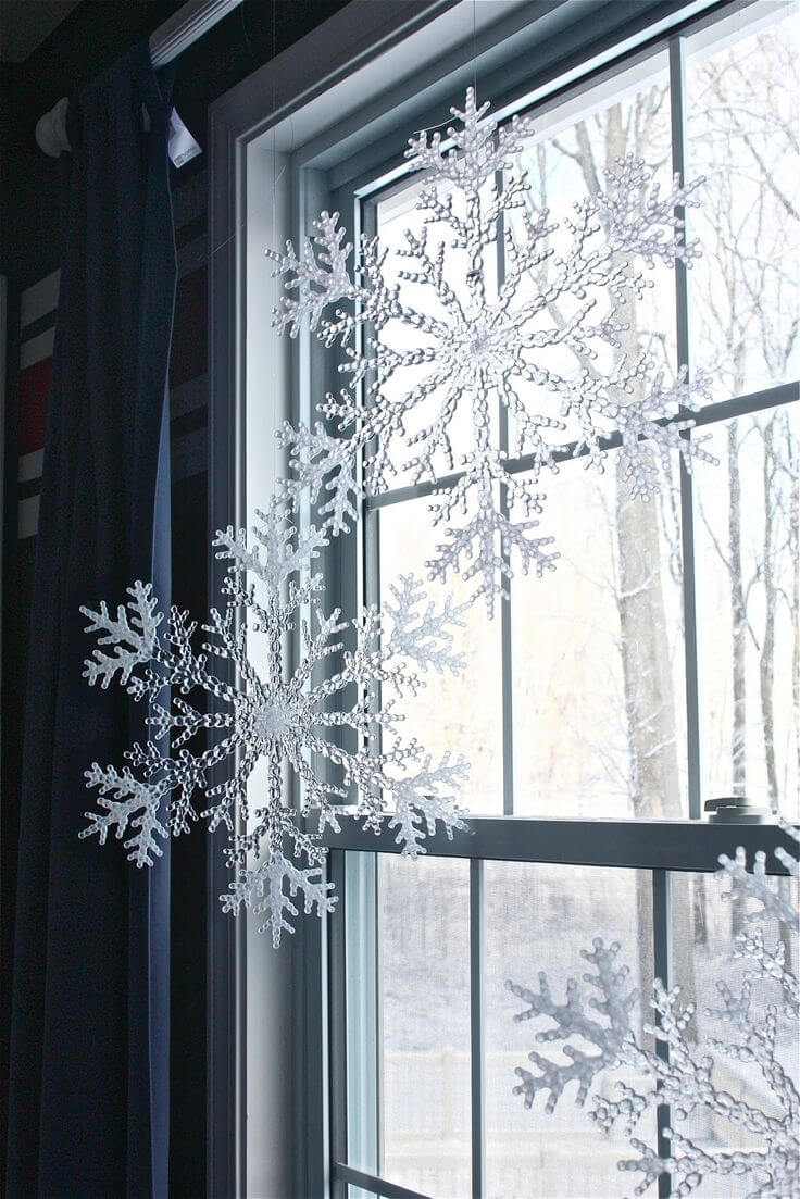 window snowflakes Christmas decorations ideas for home