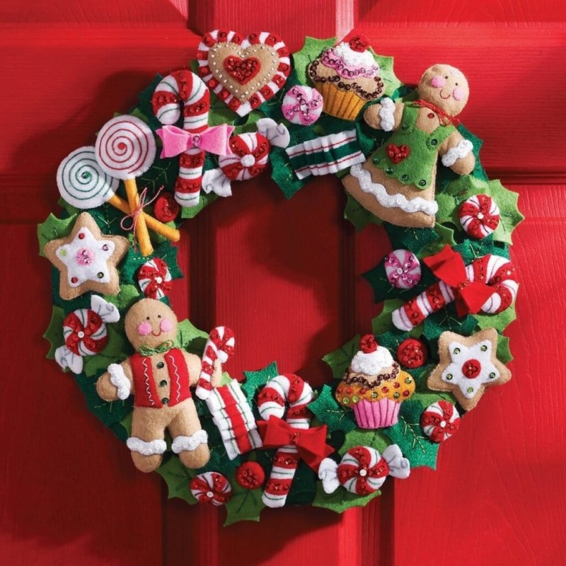 wreath doll Christmas decorations ideas for home