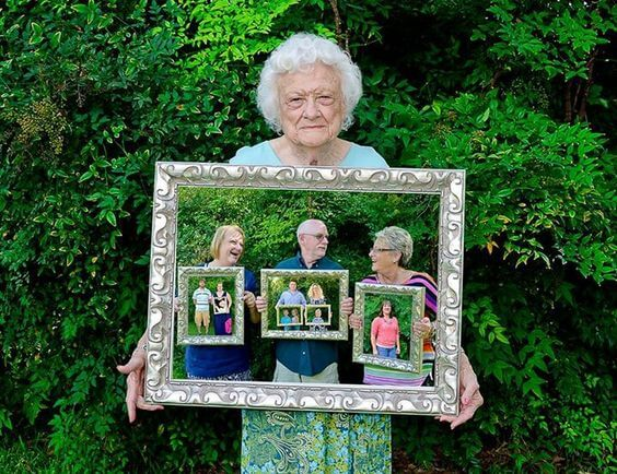 Four generations framed Family Photo Shoot Idea