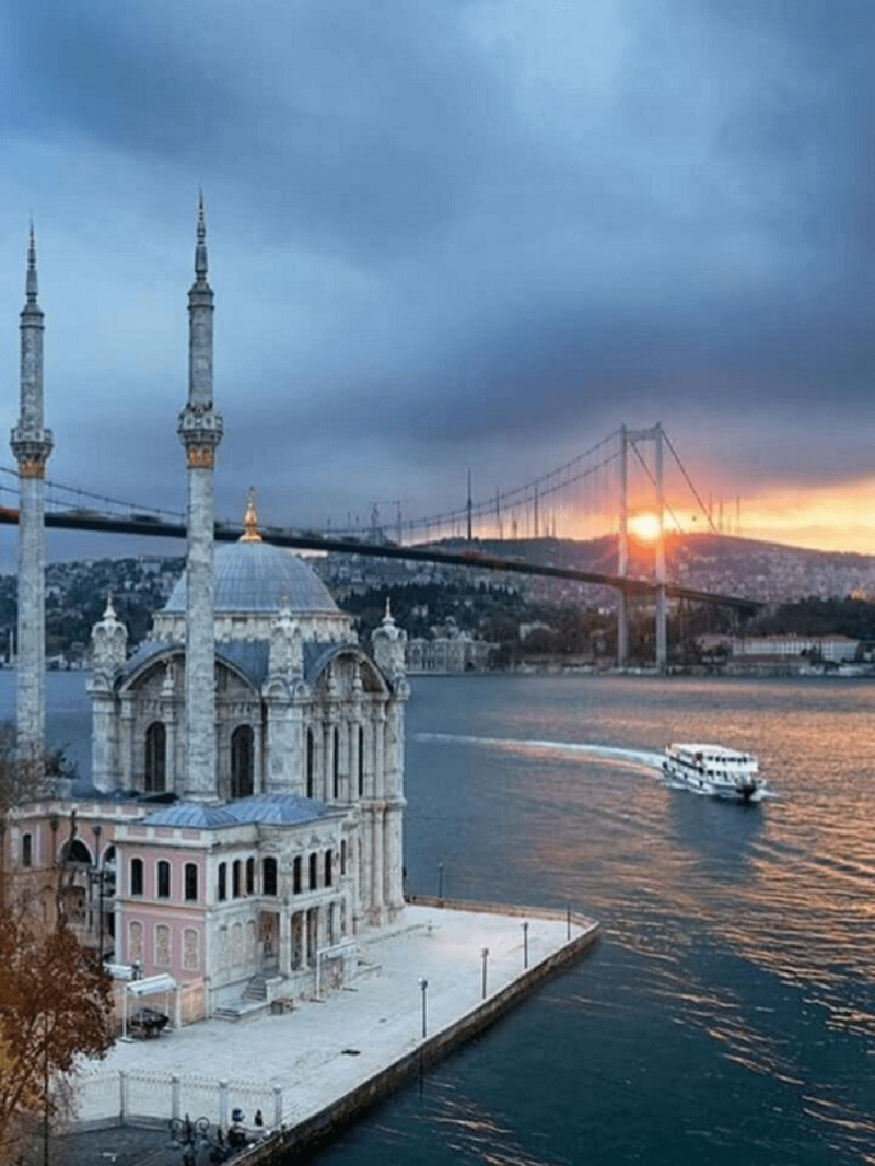 Istanbul Turkey Best Honeymoon Destinations