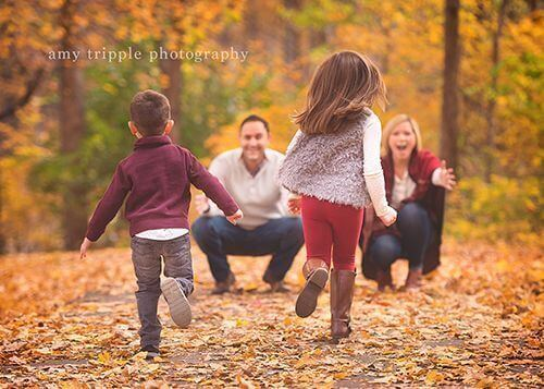 Kids running towards parents Family Photo Shoot Idea