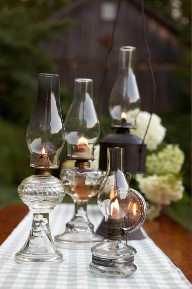 Vintage Oil Lamps Wedding Centerpieces