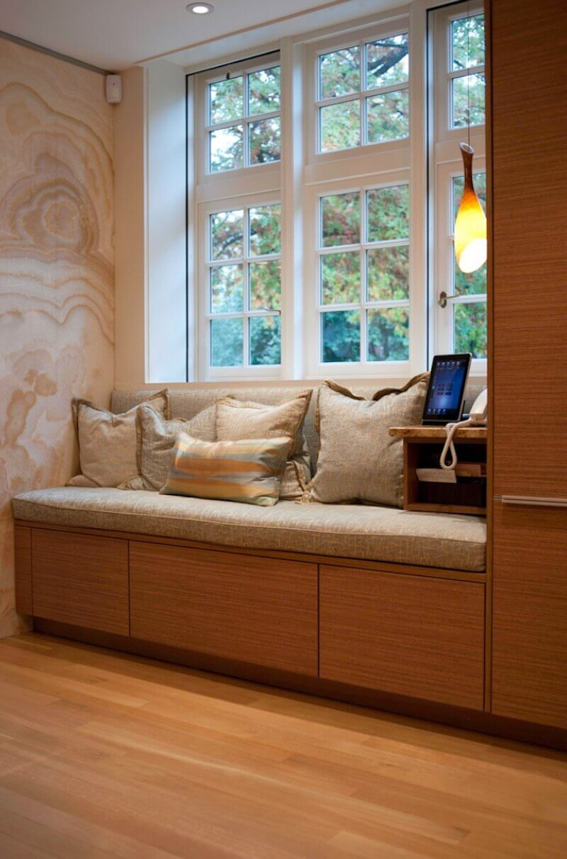 Window Seat Extra Seating in Your Living Room