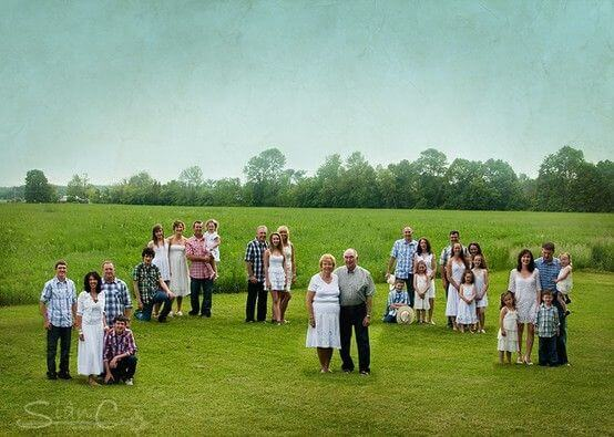 big family Family Photo Shoot Idea