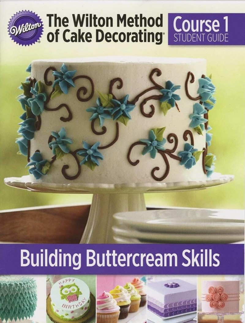 Cake decorating books | Best Cake Decorating Tools, Equipment and Supplies for Pro Decorators